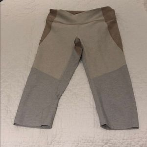 Outdoor voices cropped legging